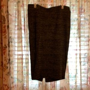 Black and gray skirt size 1X